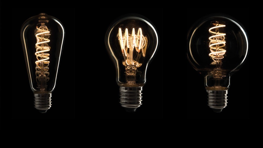 Showtec LED filament bulb E27!